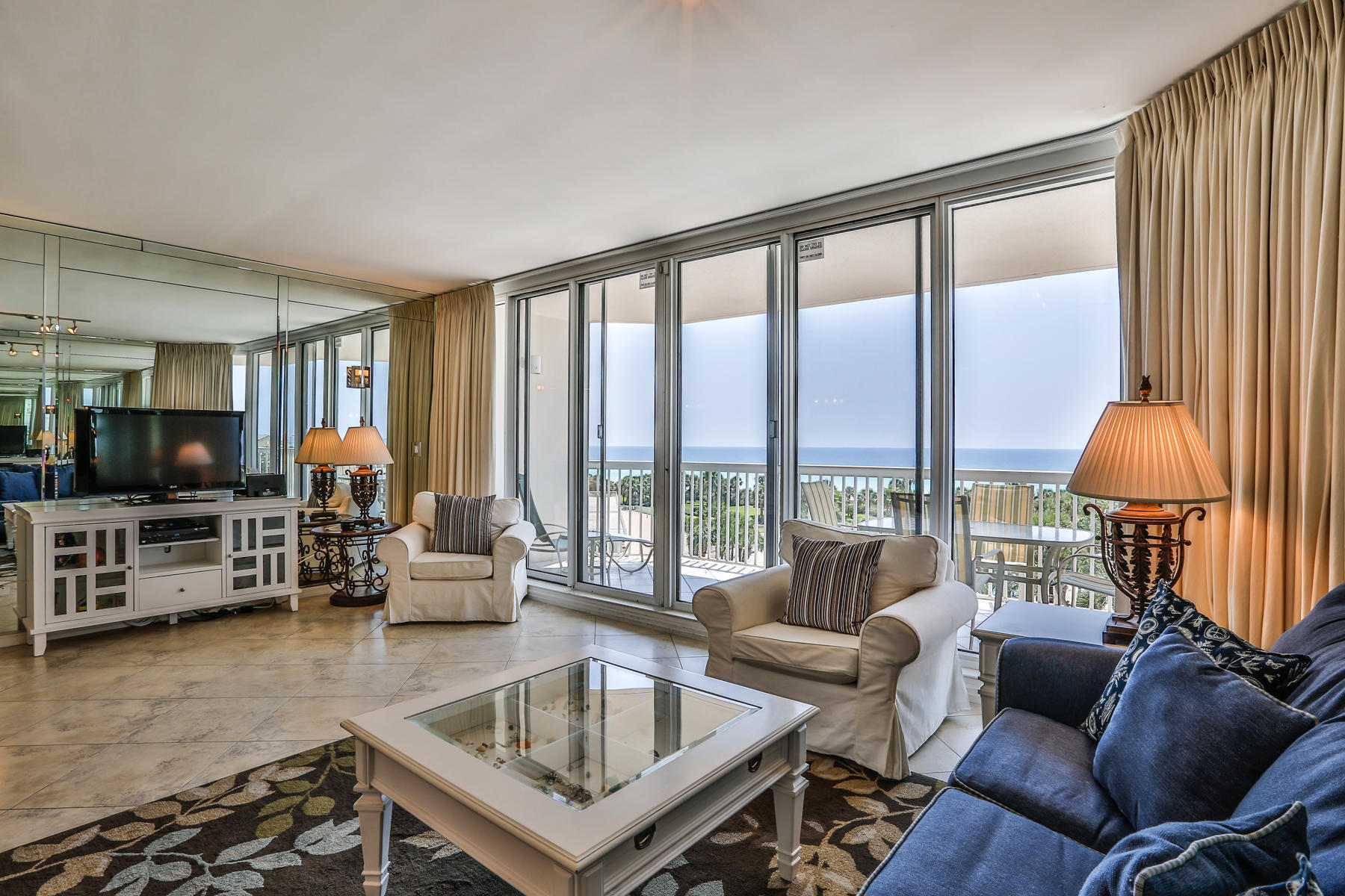 Property For Sale at OUTSTANDING CORNER CONDO WITH DIRECT GULF VIEWS