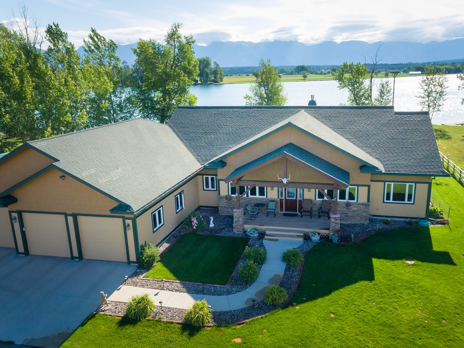 Single Family Home for Sale at Flathead River Living 52 Mountain Star Kalispell, Montana, 59901 United States