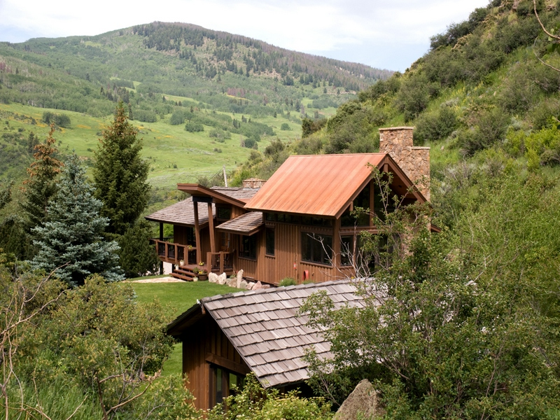 Property Of Private Mountain Estate Abutting National Forest