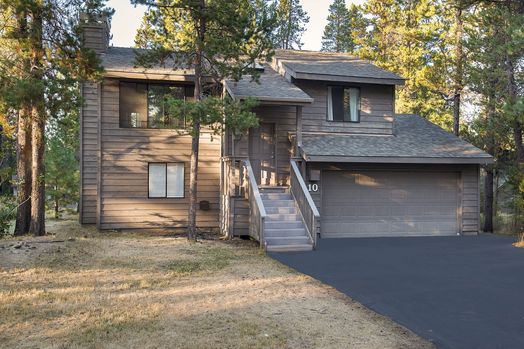 Single Family Home for Sale at 10 Indian Lane, SUNRIVER 10 Indian Ln Sunriver, Oregon, 97707 United States