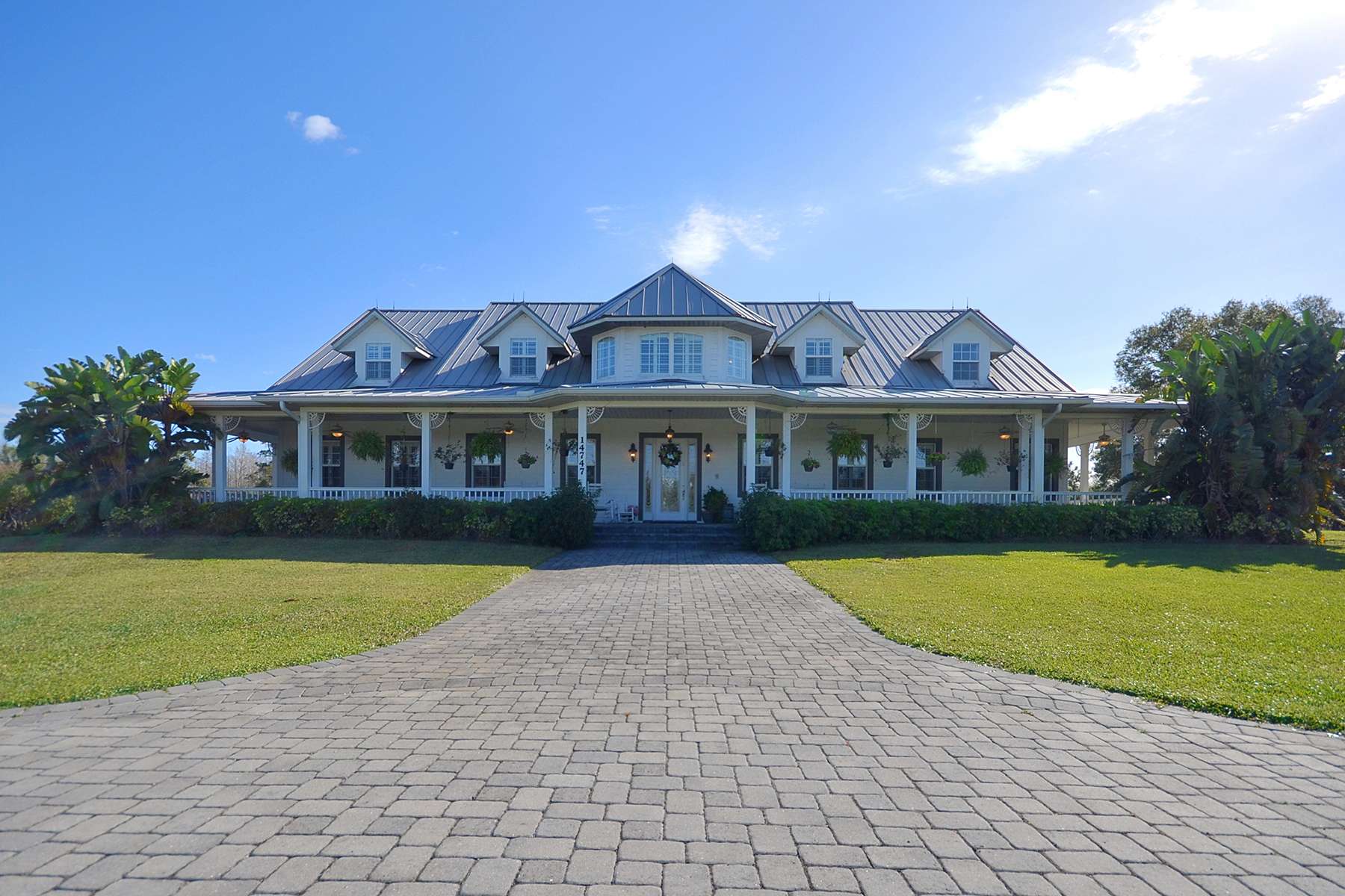 Casa para uma família para Venda às ORLANDO 14747 Happy Ln Orlando, Florida, 32824 Estados Unidos