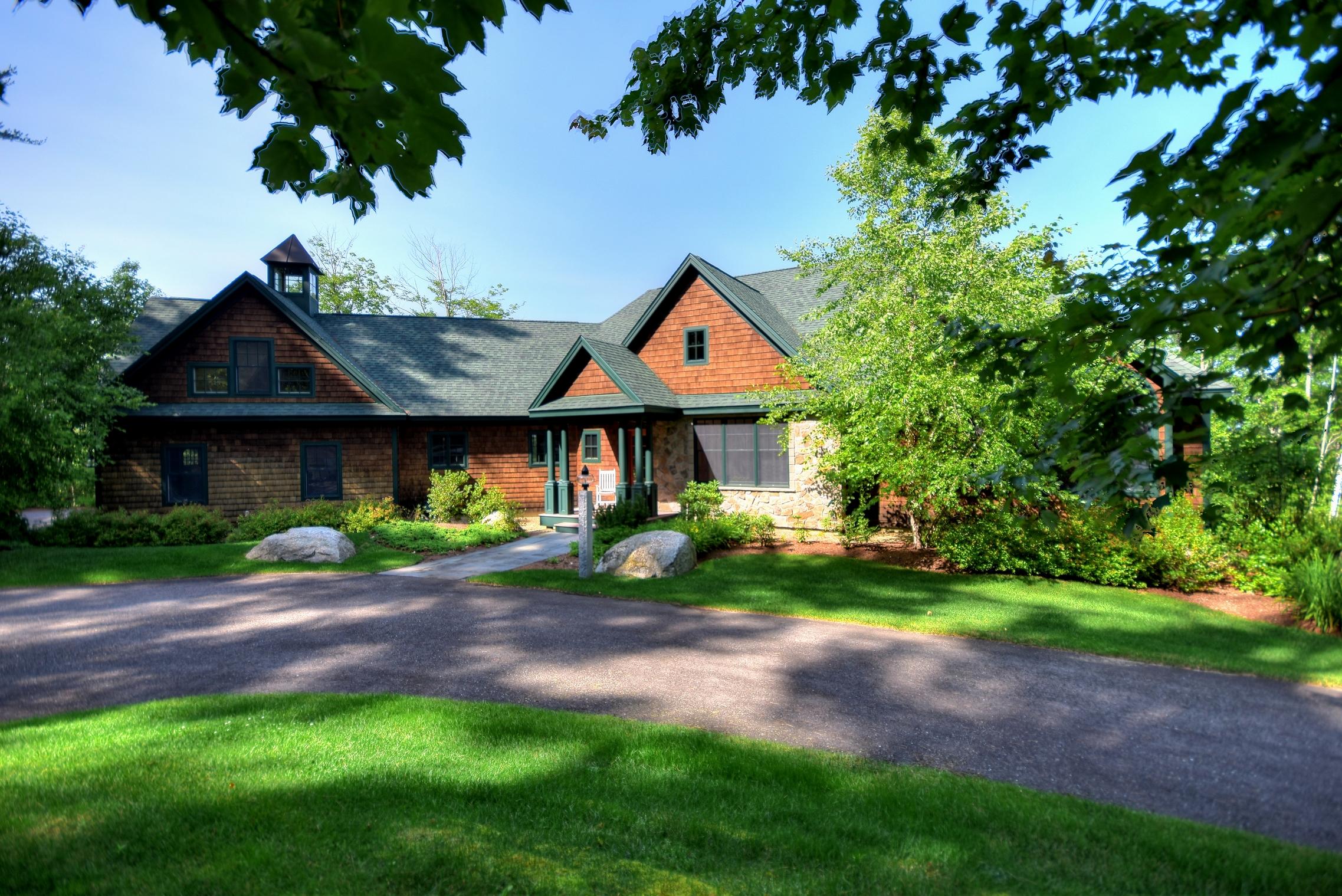 Частный односемейный дом для того Продажа на 290 Meredith Neck Road, Meredith 290 Meredith Neck Rd Meredith, Нью-Гэмпшир 03253 Соединенные Штаты