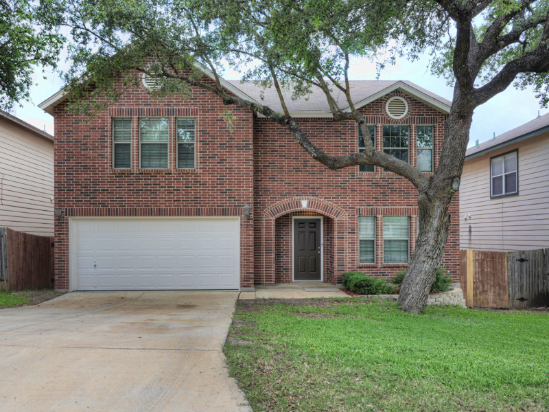 Single Family Home for Sale at Beautiful Home in Emerald Pointe 17206 Irongate Rail San Antonio, Texas 78247 United States