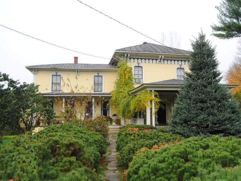 Casa para uma família para Venda às 268 Montgomery Rd, Berkshire Berkshire, Vermont 05447 Estados Unidos