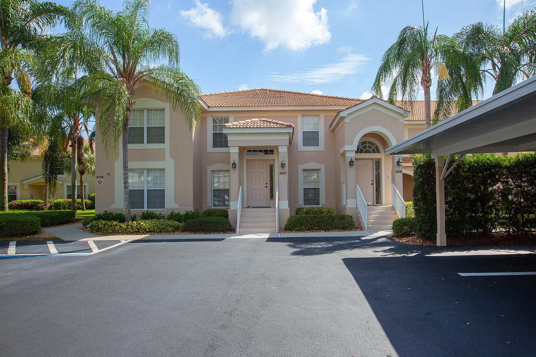 Condomínio para Venda às SUNSET STREAM 9209 Spring Run Blvd 2007 Estero, Florida, 34135 Estados Unidos