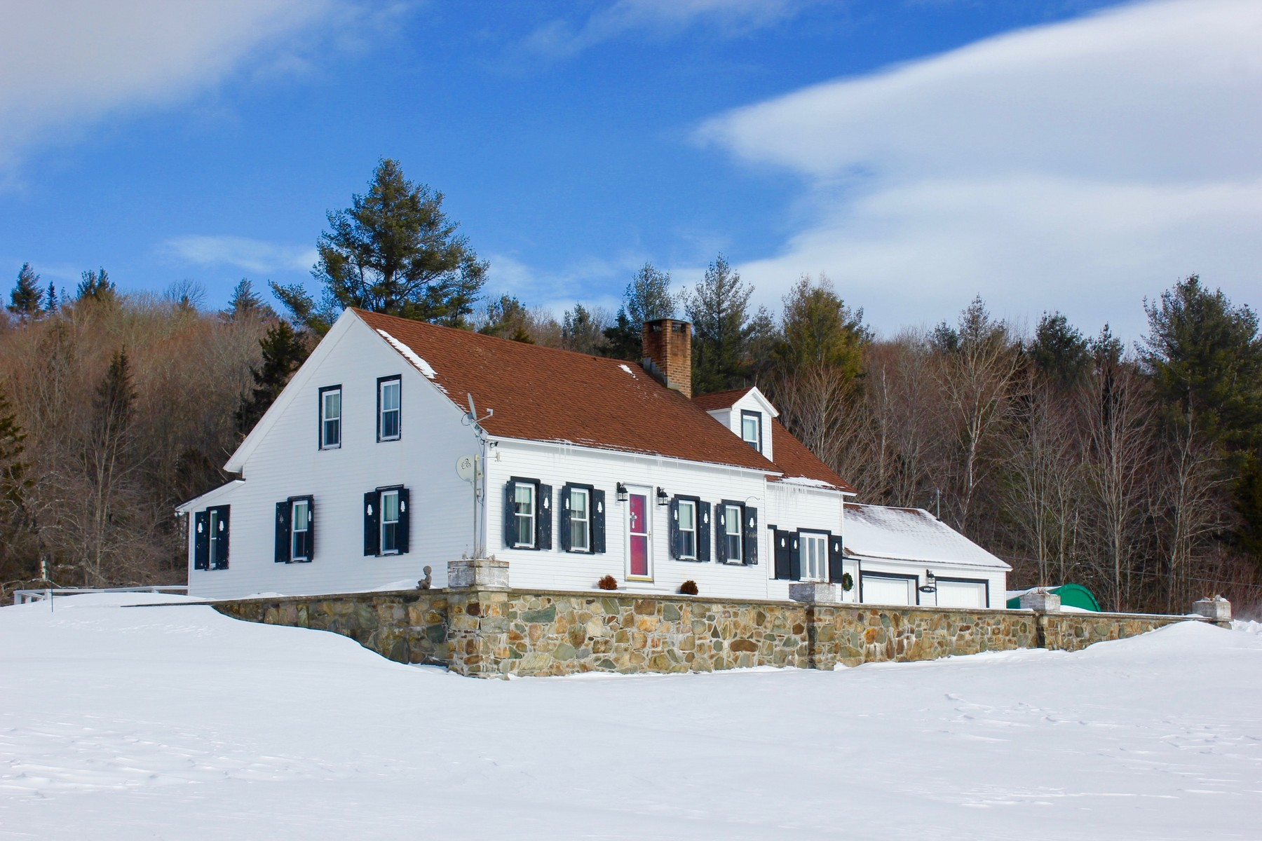 Maison unifamiliale pour l Vente à Welcome to Windy Lane 166 Windy Hill Ln Mount Holly, Vermont, 05758 États-Unis