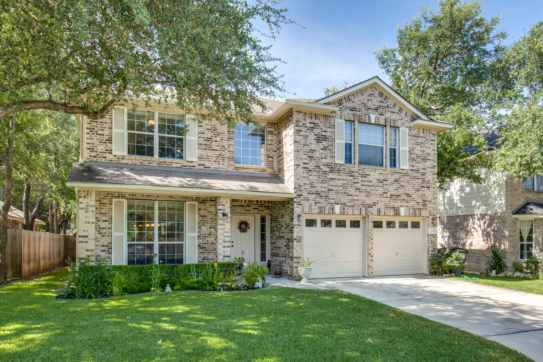 sales property at Beautiful Single-Owner Home in Woodbridge