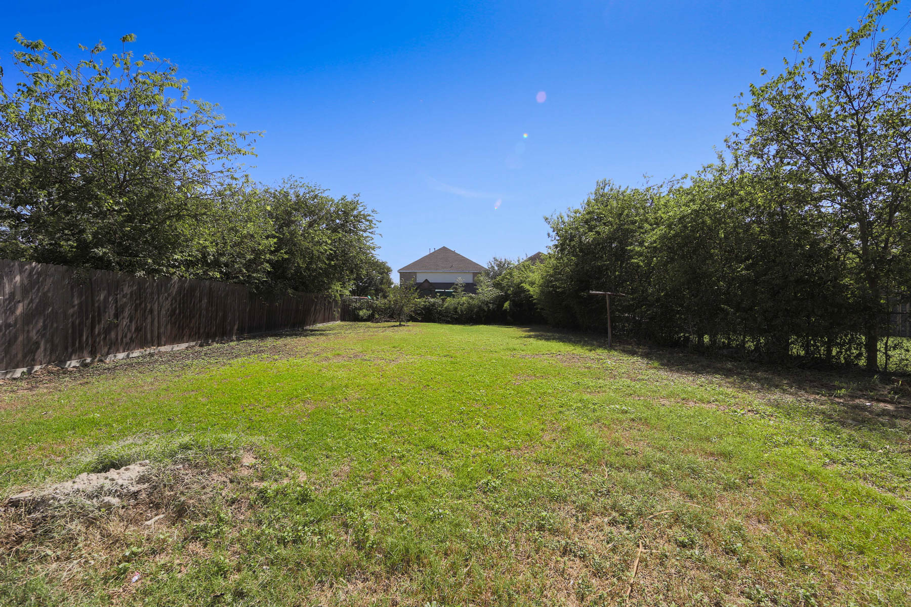 Additional photo for property listing at Beautifully Remodeled Home 1914 W Craig Pl San Antonio, Texas 78201 United States