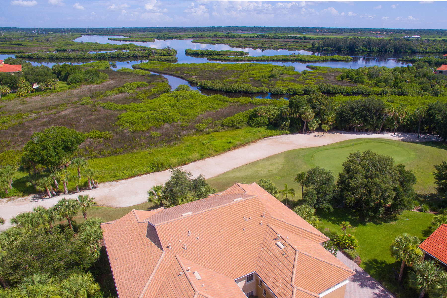 Copropriété pour l Vente à WATERLEFE GOLF AND RIVERCLUB 9711 Sea Turtle Terr 101 Bradenton, Florida, 34212 États-Unis