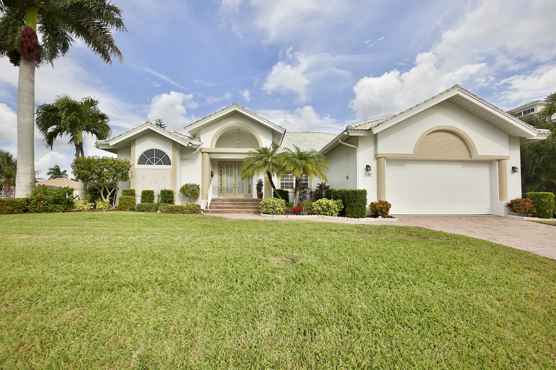 Property For Sale at MARCO ISLAND - BREAKWATER COURT