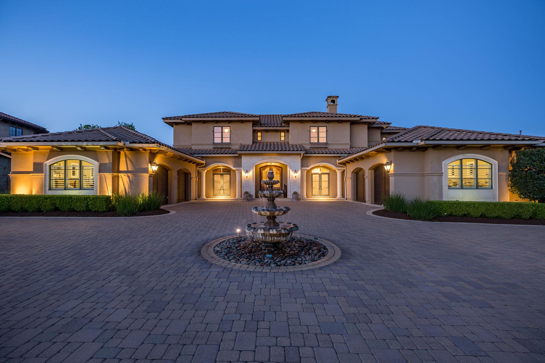 Single Family Home for Sale at Desirable Barton Creek Estate 8416 Calera Dr Austin, Texas, 78735 United States