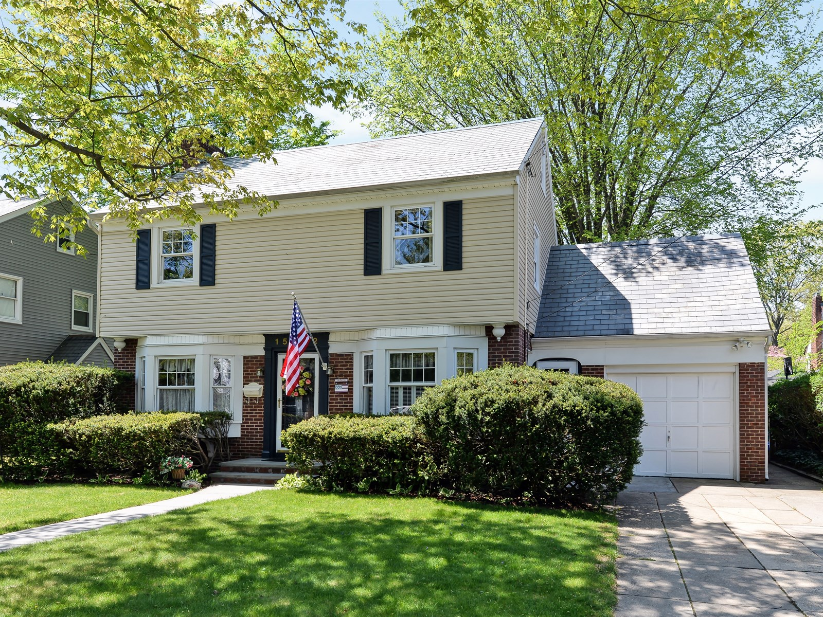 Single Family Home for Sale at Colonial 1582 Victoria St Baldwin, New York 11510 United States