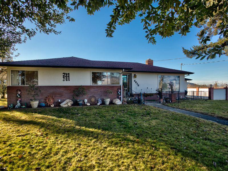 Einfamilienhaus für Verkauf beim 6626 Tarry Ln Talent, Oregon 97540 Vereinigte Staaten