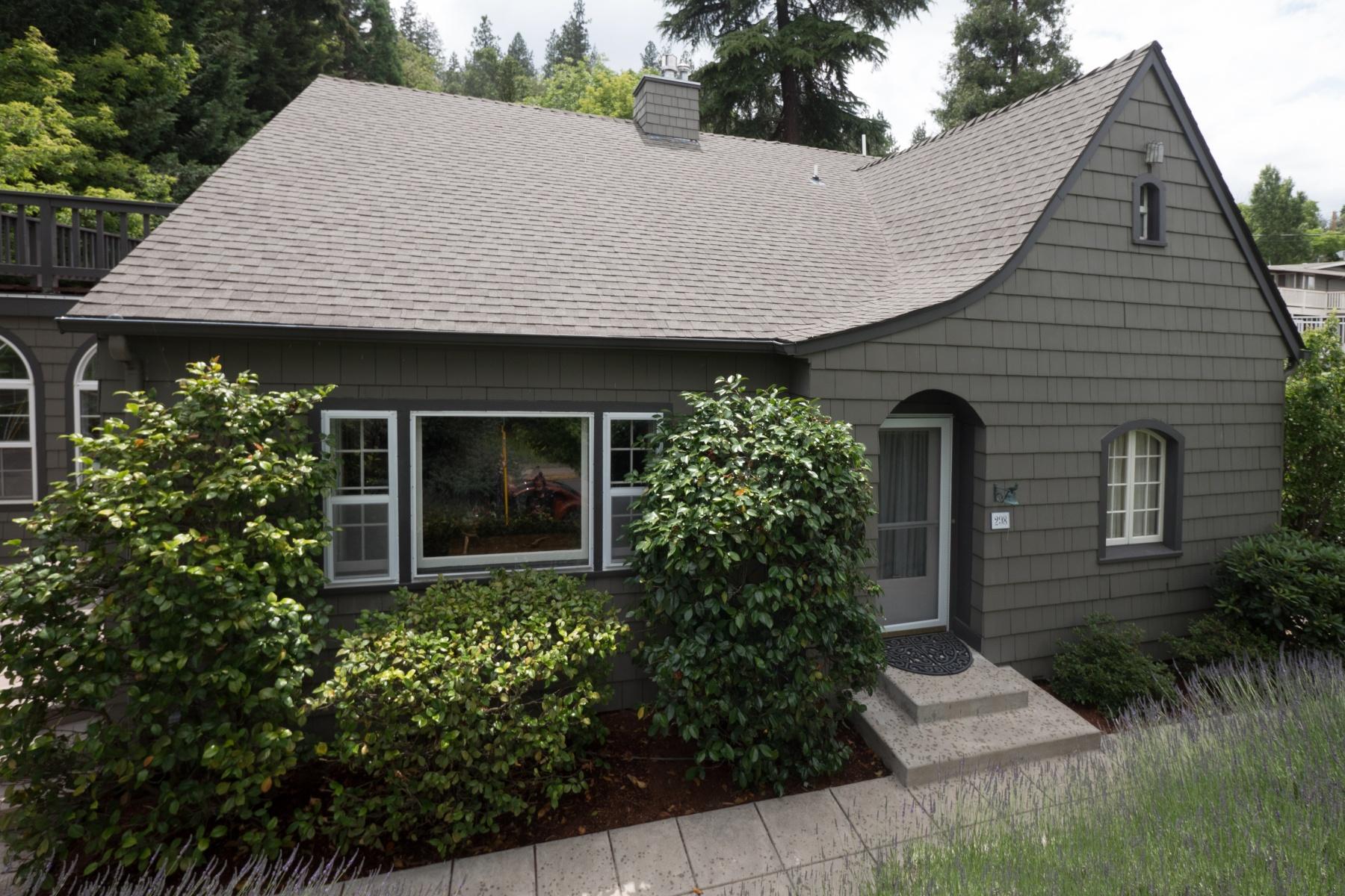 Single Family Home for Sale at Ashland Classic 298 Hargadine St Ashland, Oregon, 97520 United States