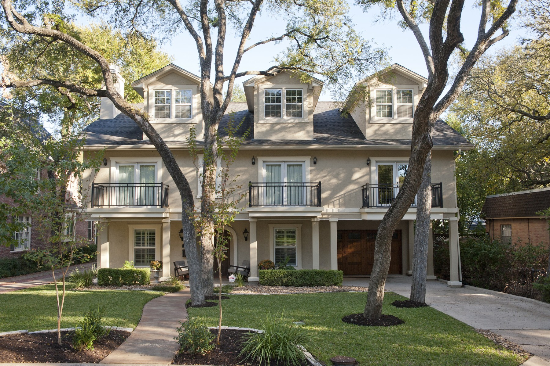 Single Family Home for Sale at Tarrytown Dream 1905 Mountain View Rd Austin, Texas 78703 United States