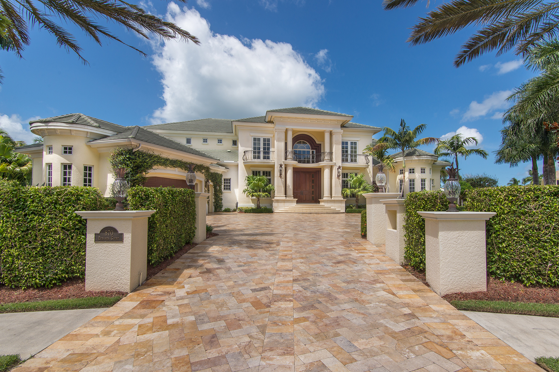 Single Family Home for Sale at MARCO ISLAND - EUBANKS CT 870 Eubanks Ct, Marco Island, Florida 34145 United States