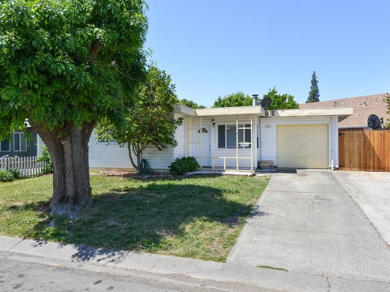 Single Family Home for Sale at 2127 Ethel Porter Dr, Napa, CA 94558 2127 Ethel Porter Dr Napa, California 94558 United States