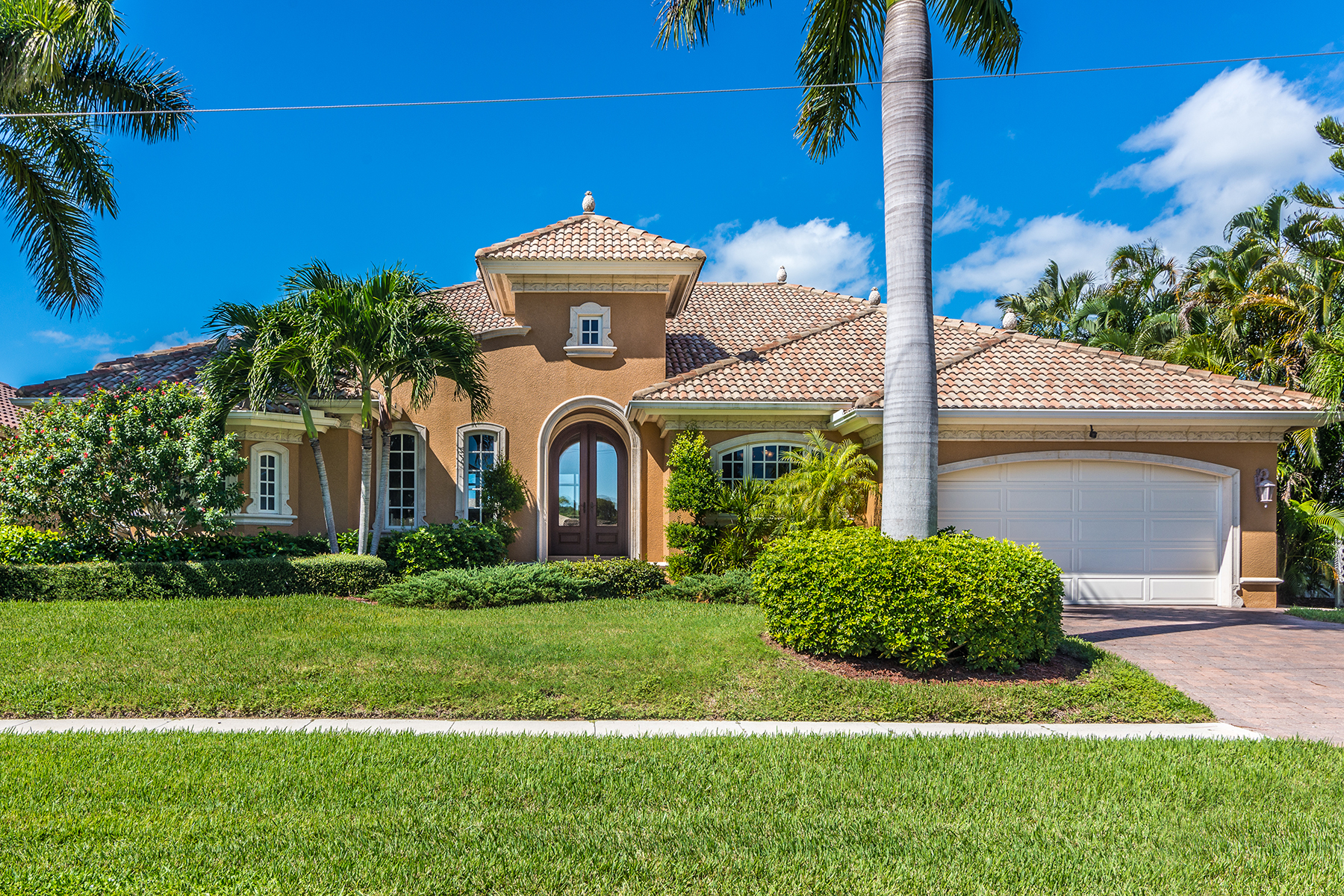 Property For Sale at MARCO ISLAND - PHEASANT COURT
