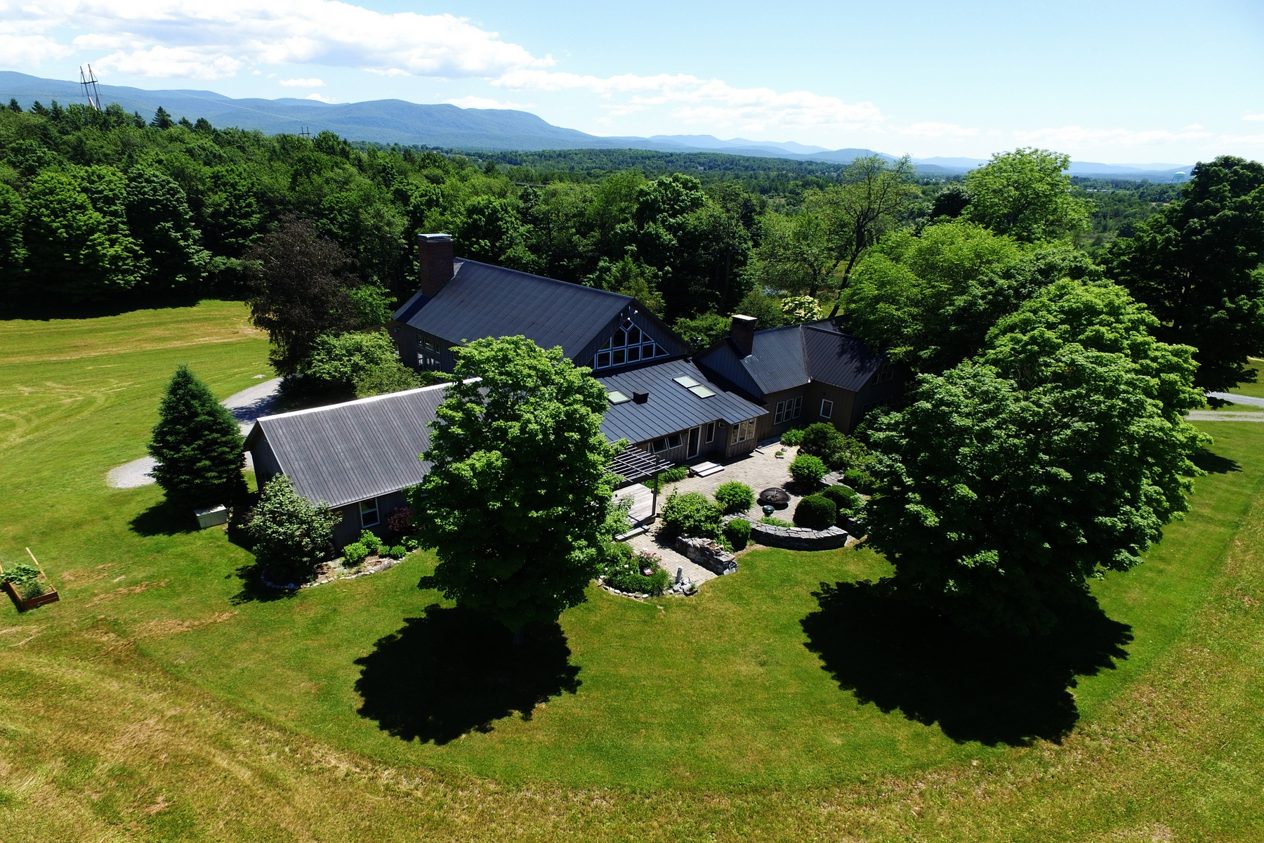 Single Family Home for Sale at 1403 Arnold District Road, Brandon 1403 Arnold District Rd Brandon, Vermont, 05733 United States