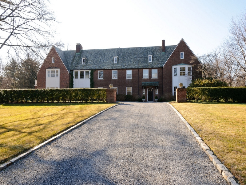 Villa per Vendita alle ore Traditional 25 Crane Rd Lloyd Harbor, New York, 11743 Stati Uniti