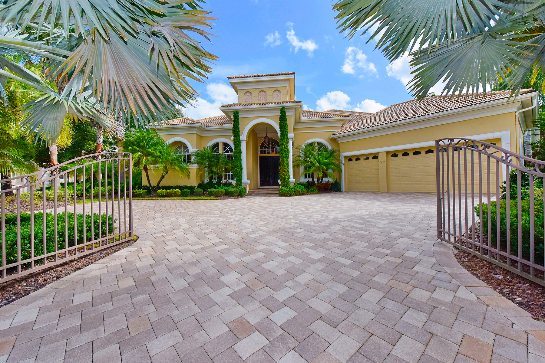 Property For Sale at LAKEWOOD RANCH - PALMER'S CREEK