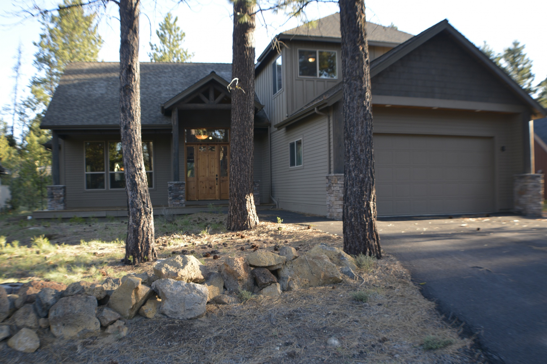sales property at Close to the Big Deschutes River