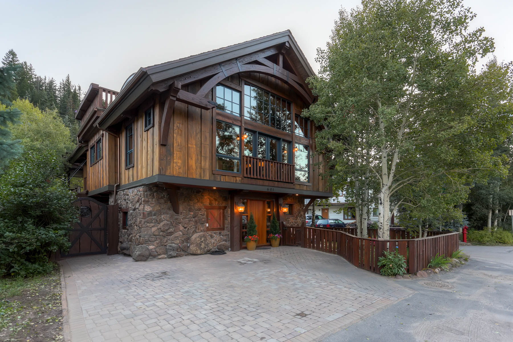 Single Family Home for Sale at Beautiful Custom Home in Historic Minturn 601 Main St Minturn, Colorado, 81645 United States
