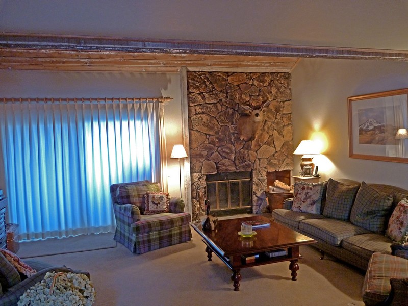 Condominium for Sale at Sunburst Sunburst Condo 2707 Sun Valley, Idaho 83353 United States