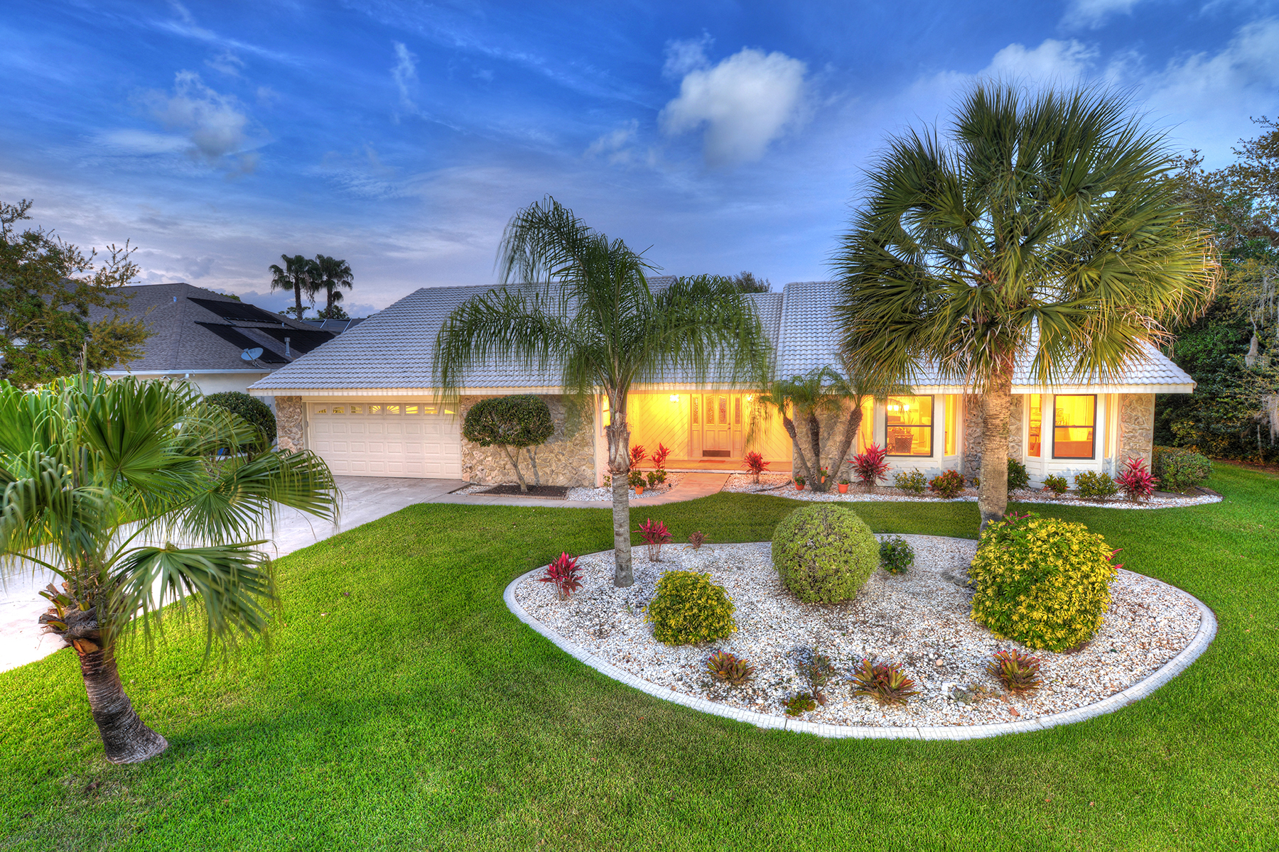Single Family Home for Sale at SPRUCE CREEK AND THE BEACHES 1828 Wiley Post Trl Port Orange, Florida, 32128 United States