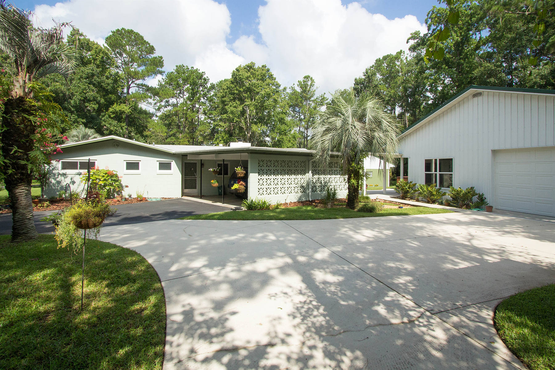 Single Family Home for Sale at ORLANDO - LONGWOOD 237 Michael Dr Longwood, Florida 32779 United States