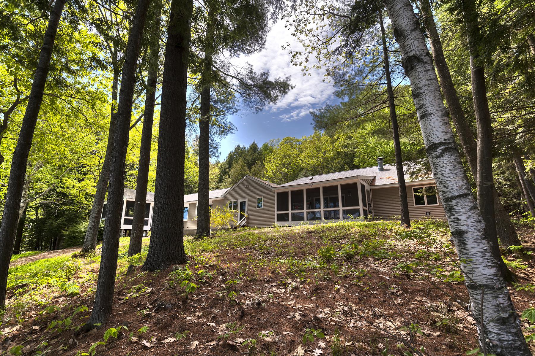 Casa para uma família para Venda às 56 Garnet Street, Sunapee Sunapee, New Hampshire 03782 Estados Unidos