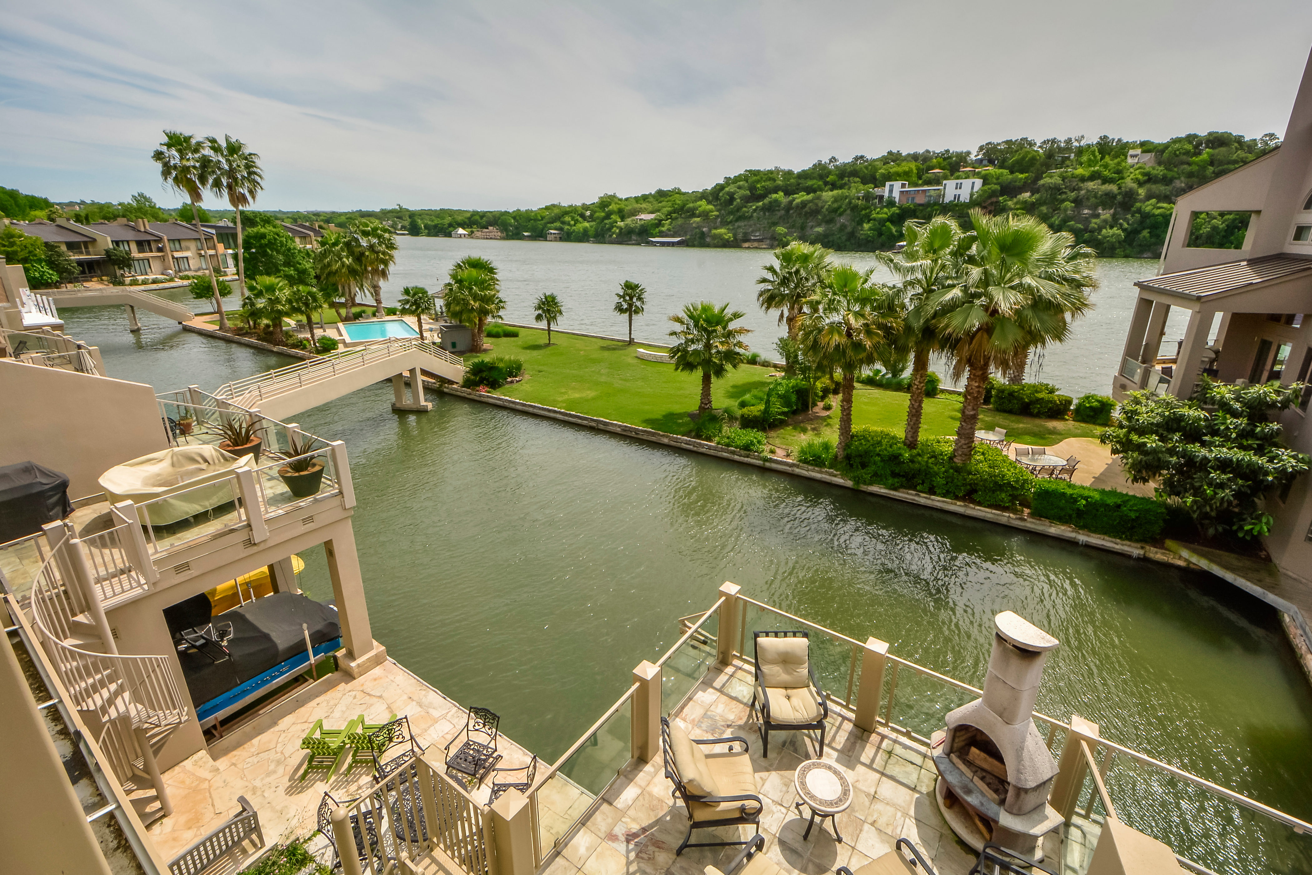Condominium for Sale at Immaculate Lake Austin Condo 2329 Westlake Dr 11 Austin, Texas 78746 United States