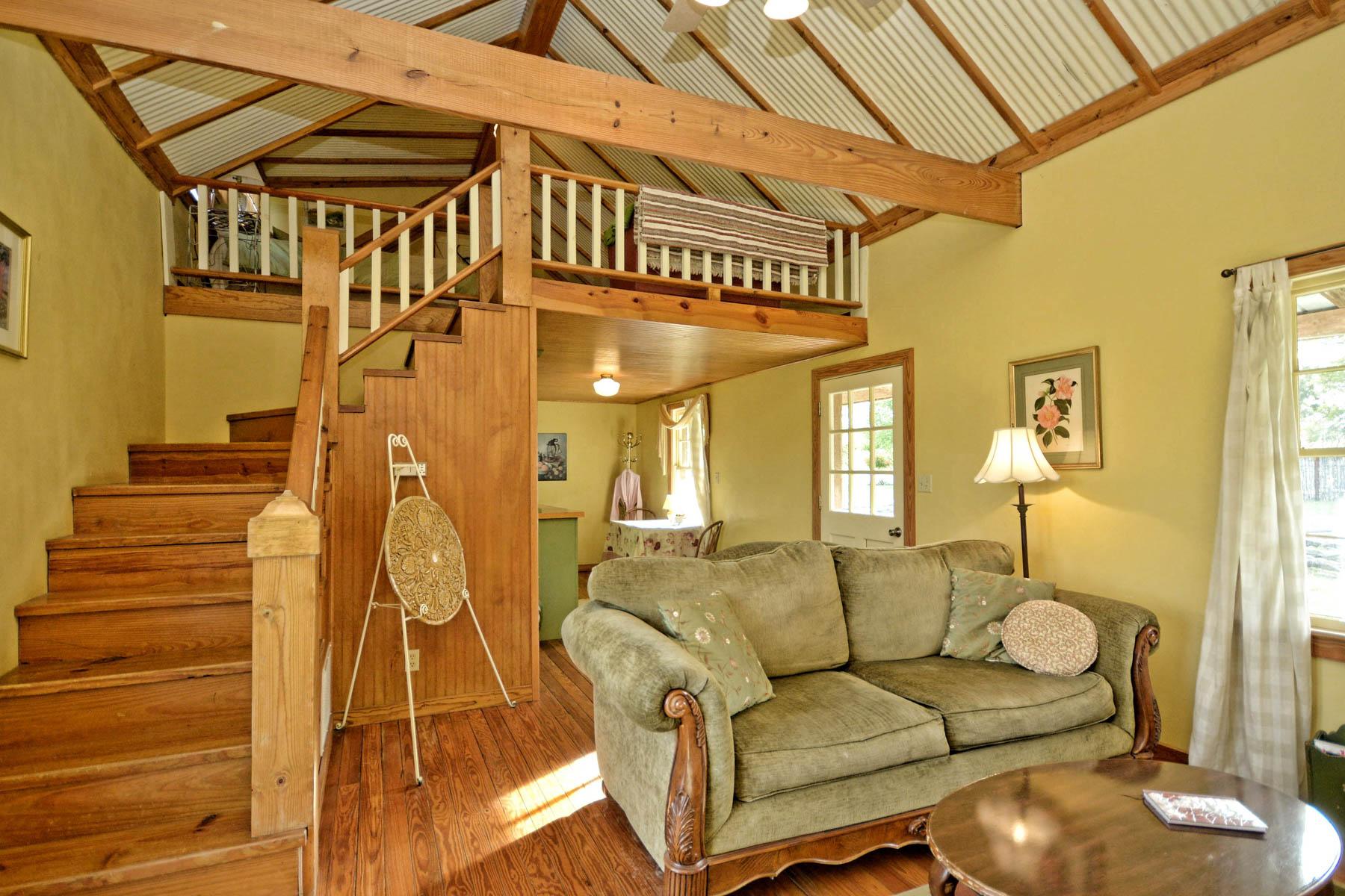 Additional photo for property listing at Amazing Fredericksburg Property on 36-+ Acres 457 Bob Moritz Fredericksburg, Texas 78624 Estados Unidos