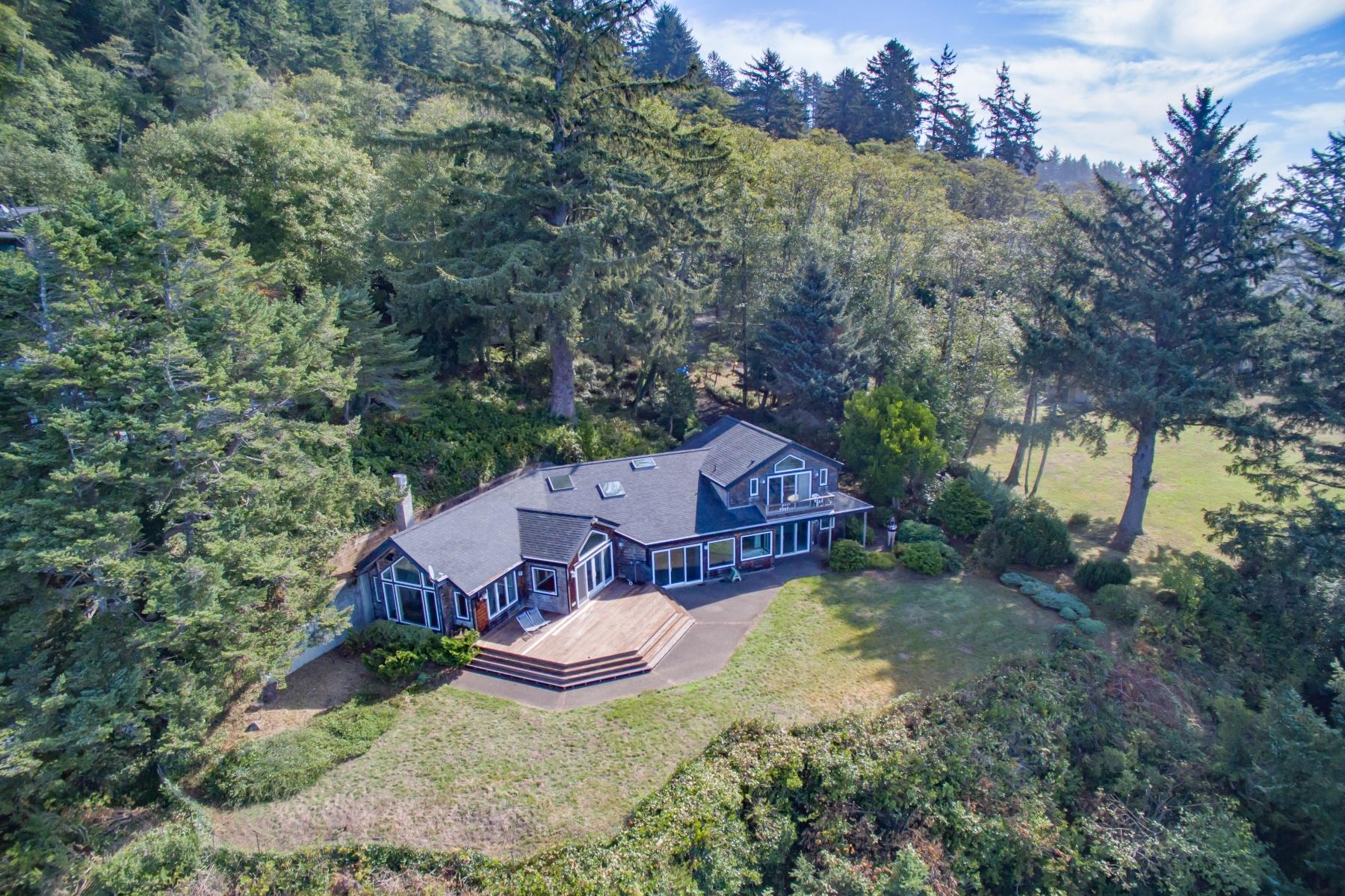 Nhà ở một gia đình vì Bán tại 38650 BEULAH REED RD, MANZANITA, OR Manzanita, Oregon 97130 Hoa Kỳ