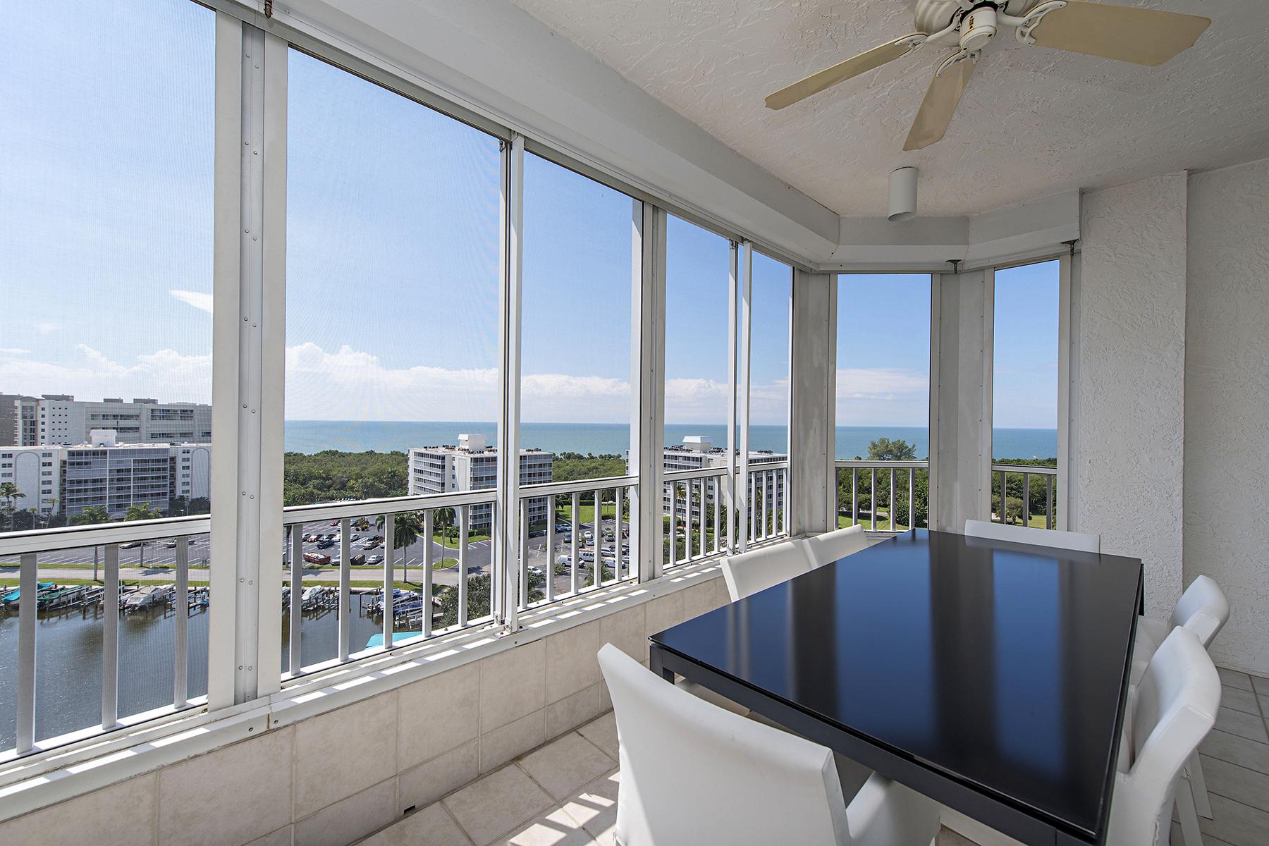 Кооперативная квартира для того Продажа на GULF BREEZE AT VANDERBILT BEACH 25 Bluebill Ave 1103 Naples, Флорида 34108 Соединенные Штаты