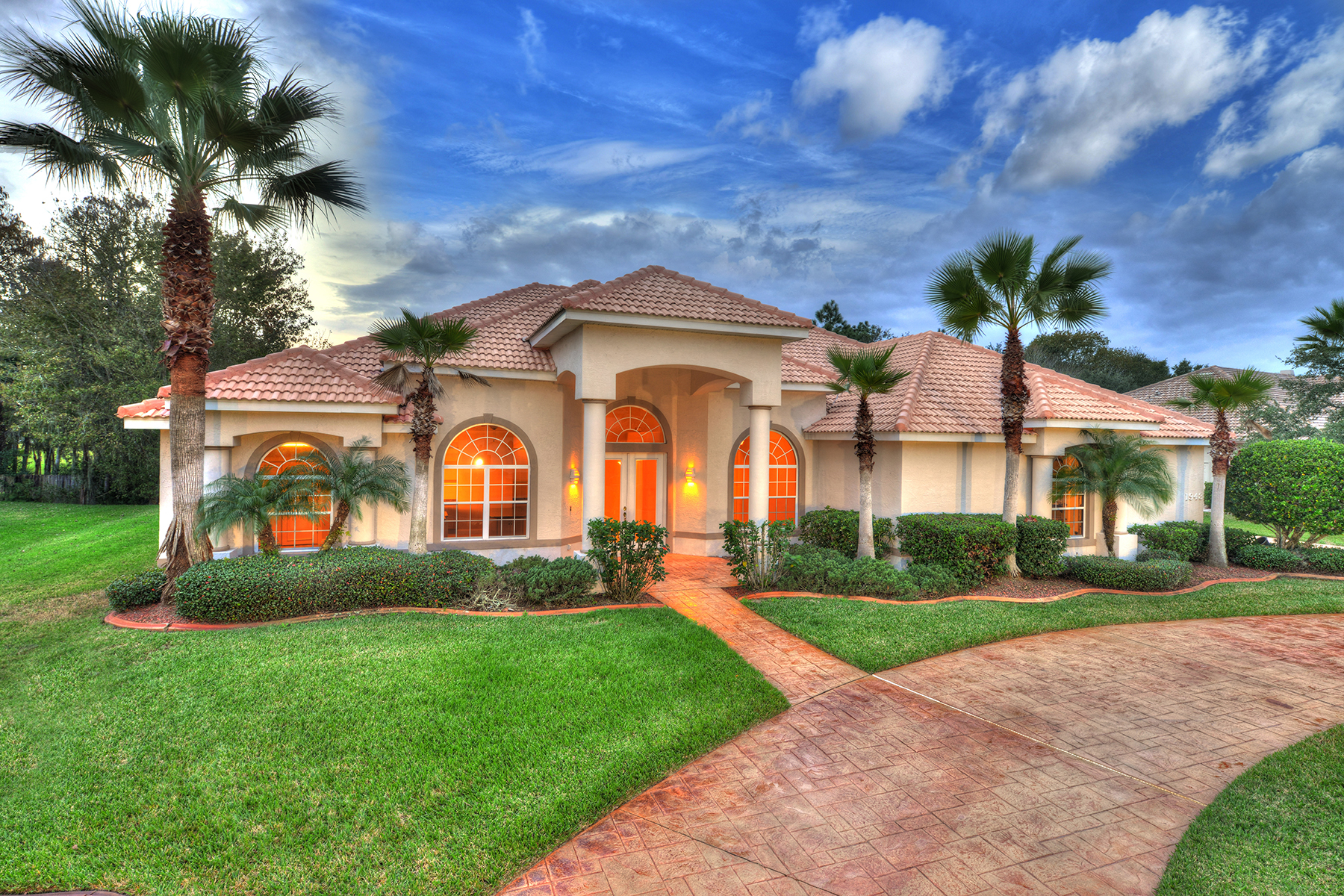 Villa per Vendita alle ore SPRUCE CREEK AND THE BEACHES 1948 Southcreek Blvd Port Orange, Florida, 32128 Stati Uniti