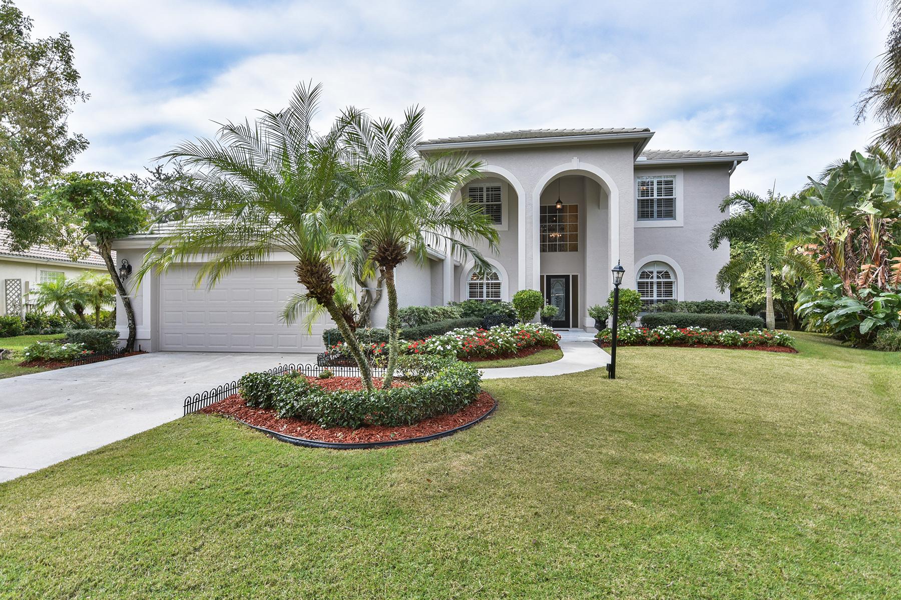 Einfamilienhaus für Verkauf beim MONTEREY 8023 San Simeon Way Naples, Florida 34109 Vereinigte Staaten