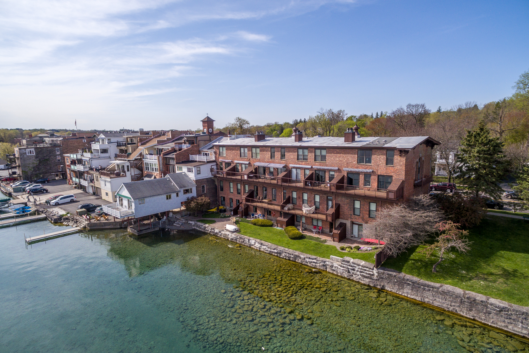 Additional photo for property listing at Waterfront Condo 84 E Genesee St Skaneateles, Нью-Йорк 13152 Соединенные Штаты