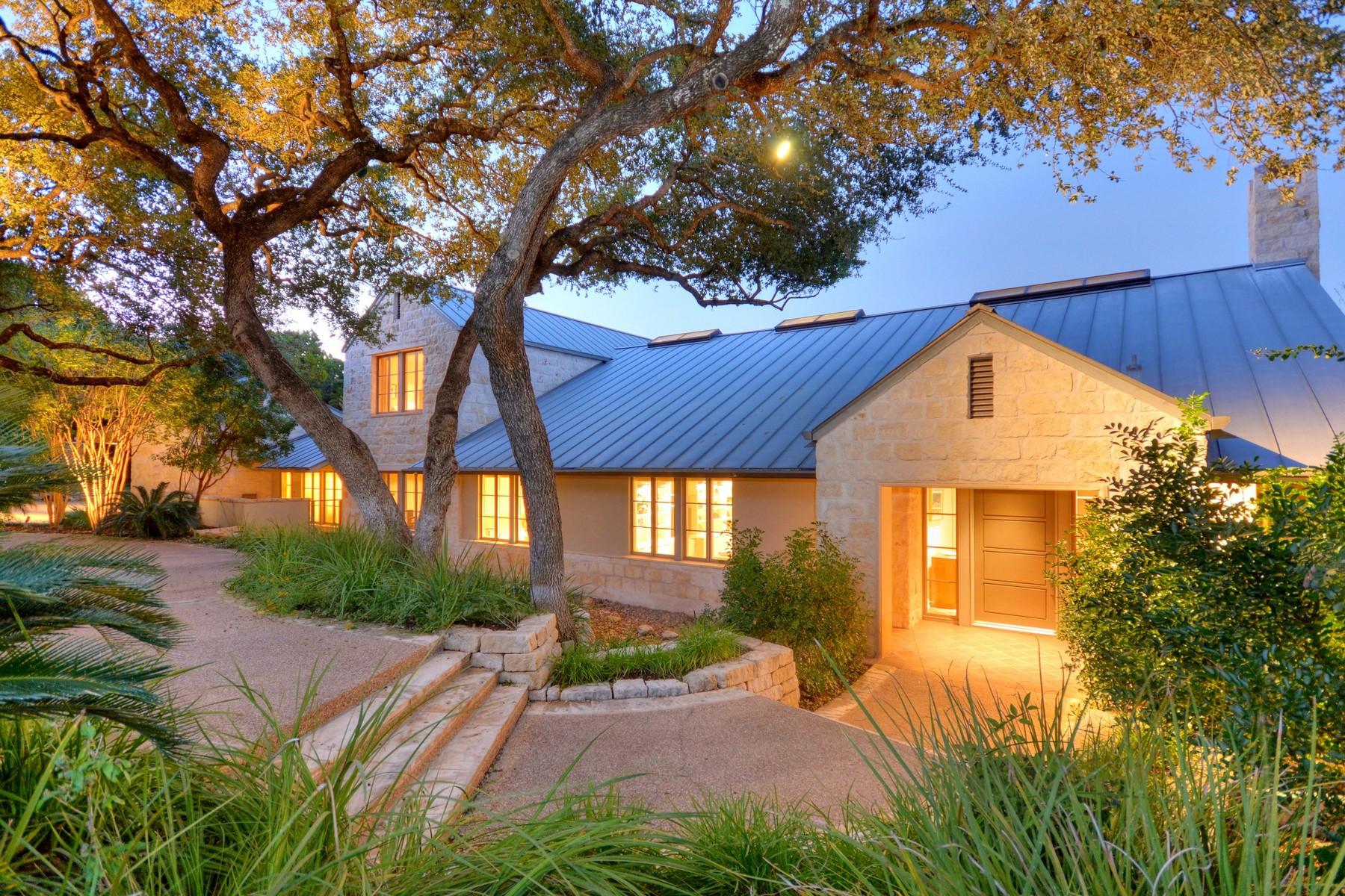 Vivienda unifamiliar por un Alquiler en Unique Architectural Flare 3012 Meandering River Ct Austin, Texas 78746 Estados Unidos