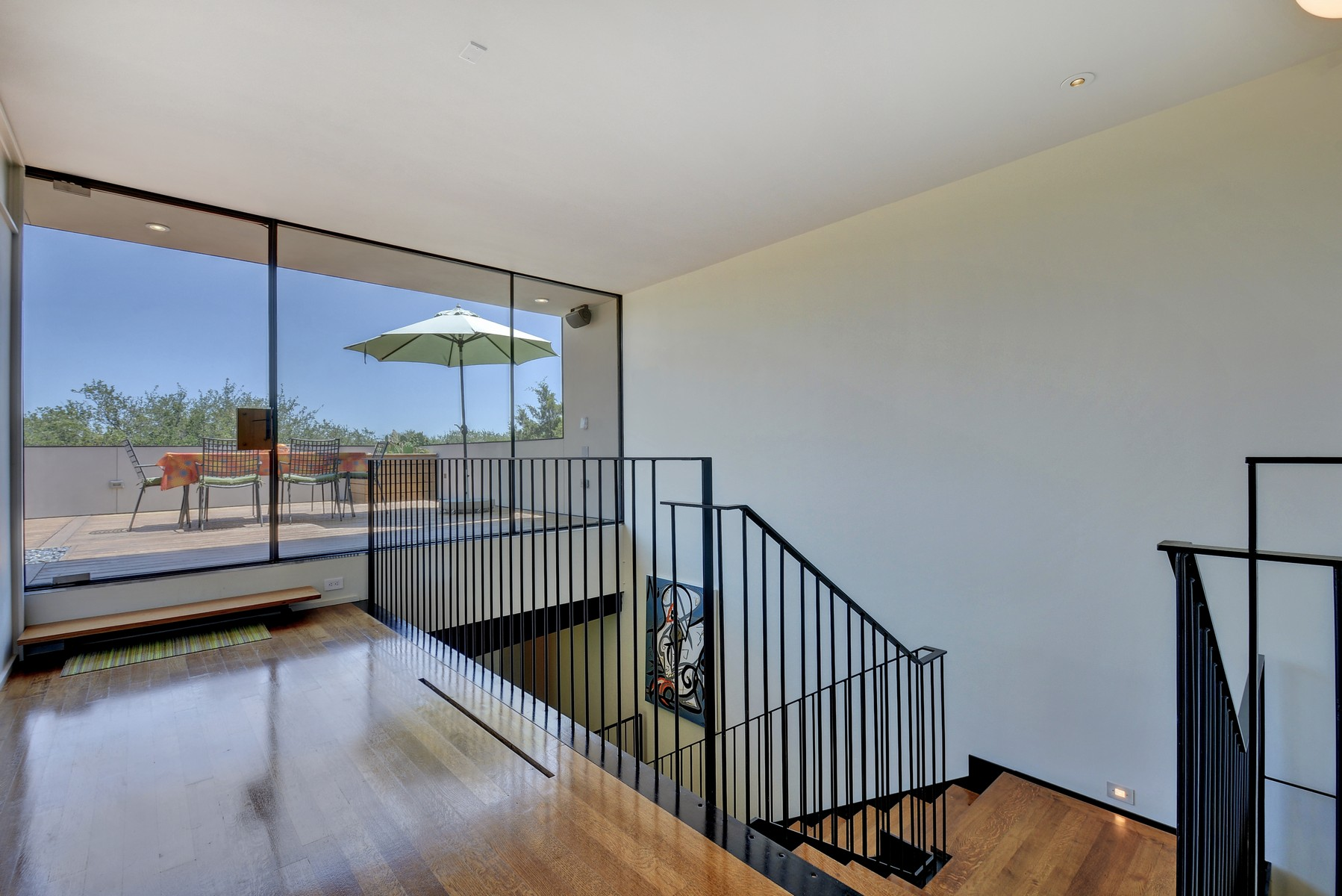 Additional photo for property listing at Unique Modern Home Built by NYC Architect 2008 Rue De St Tropez Austin, Texas 78746 United States