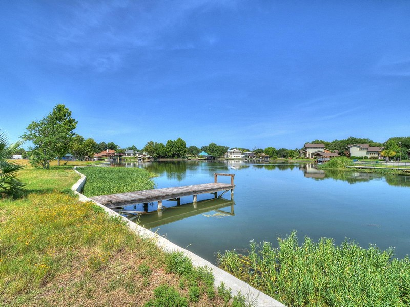 Terreno per Vendita alle ore 878' of Lake LBJ Waterfront Lot 701 Woodland Hills Dr Granite Shoals, Texas 78654 Stati Uniti
