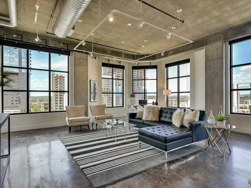 Piso por un Venta en Boutique Condo Living in the Heart of Downtown 311 W 5th 1002 Austin, Texas 78701 Estados Unidos