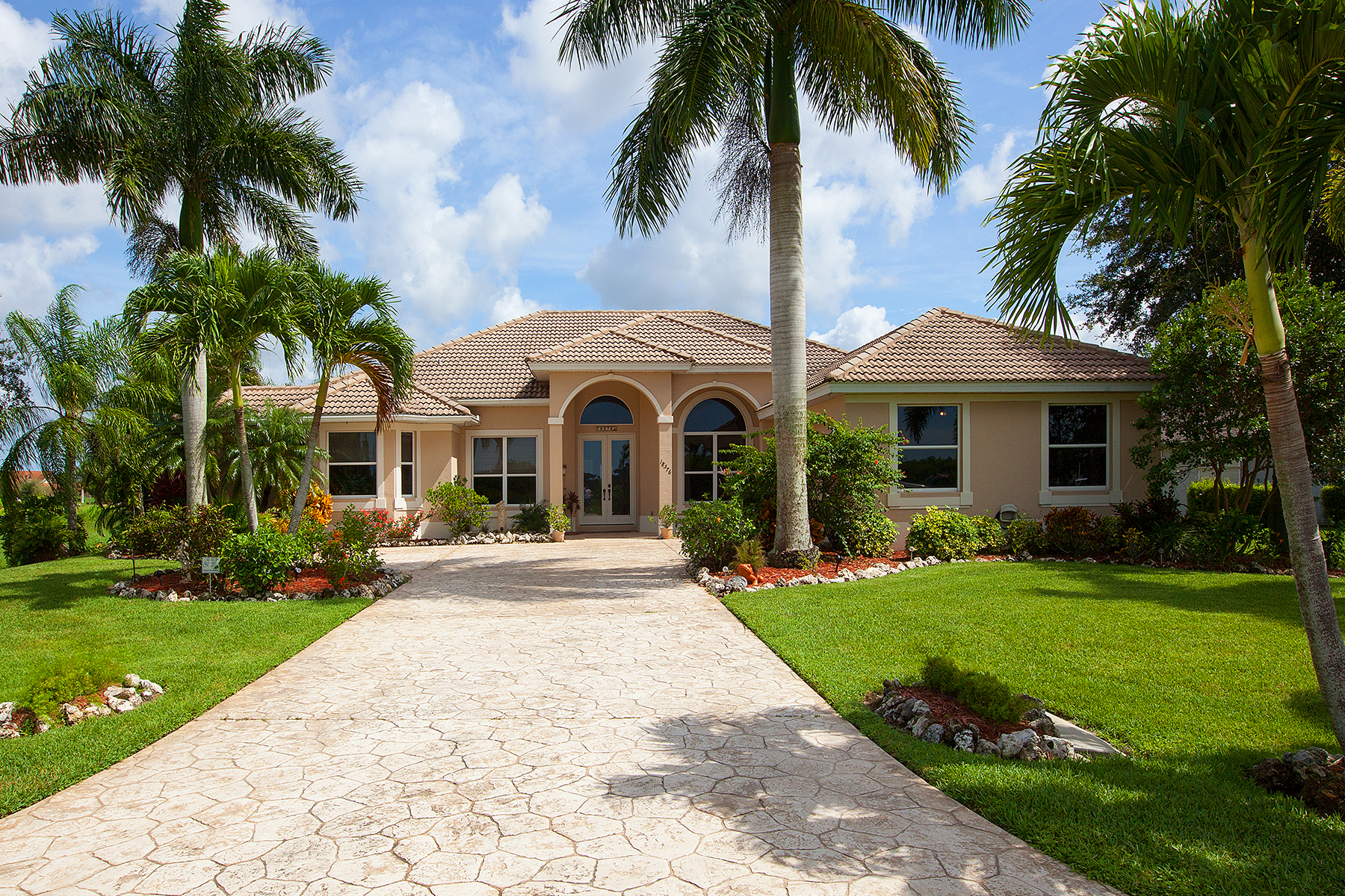 Single Family Home for Sale at NAPLES - ROYAL PALM GOLF ESTATES 18576 Royal Hammock Blvd Naples, Florida 34114 United States