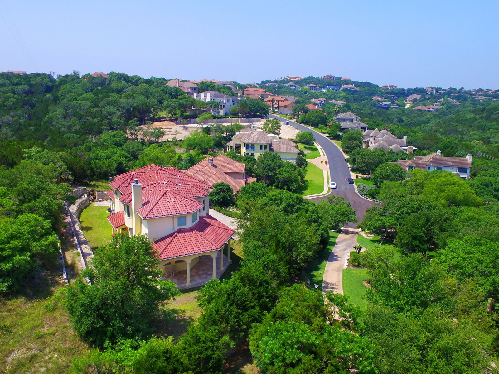 Additional photo for property listing at Overlooking Davenport Ranch 2913 Waterbank Cv Austin, Texas 78746 Estados Unidos