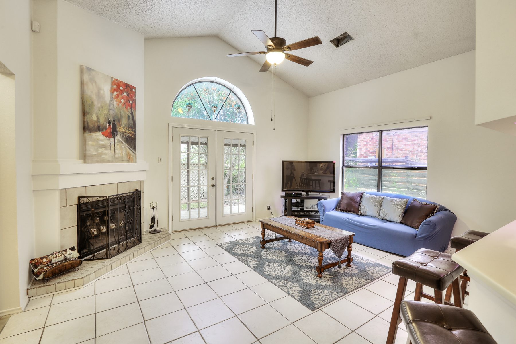 Additional photo for property listing at Beautiful Single-Story Home in Heritage Northwest 10342 Rustic Village Dr San Antonio, Texas 78245 United States