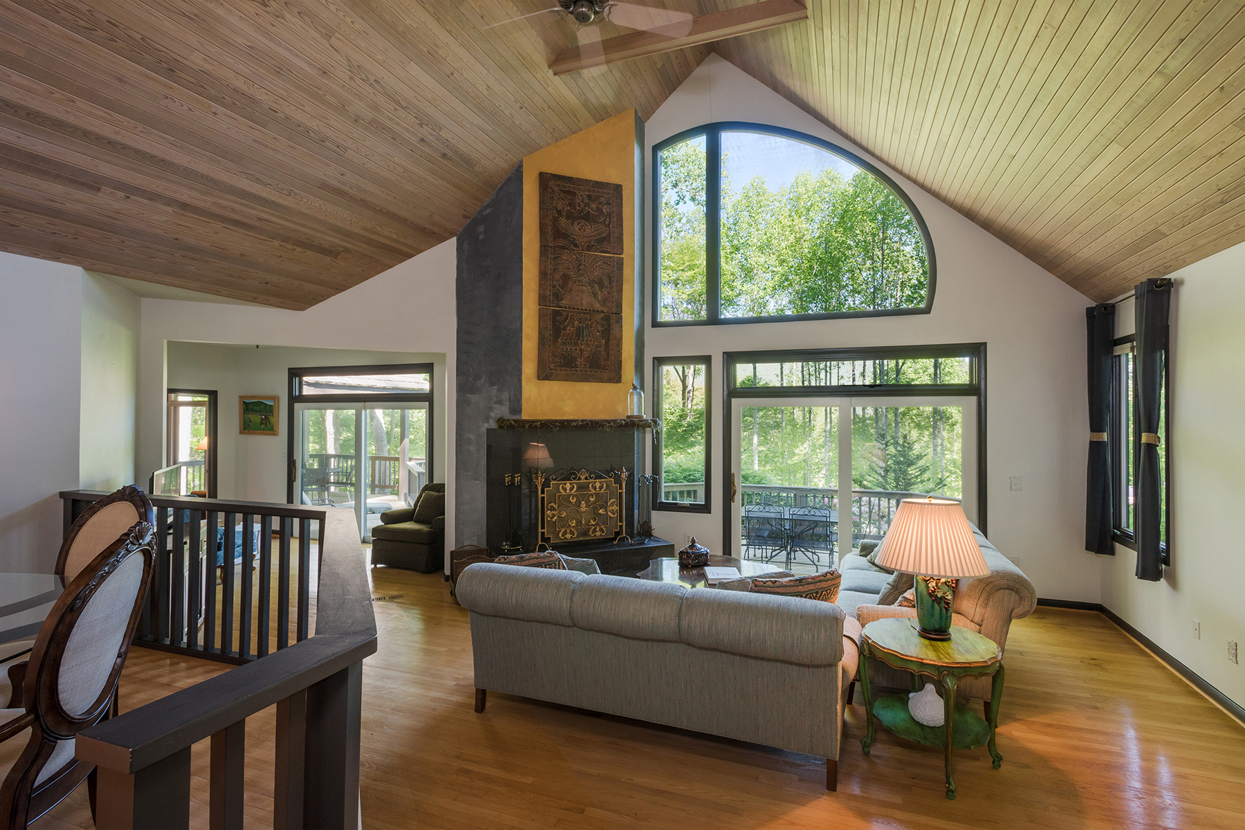 Villa per Vendita alle ore LINVILLE RIDGE 101 Water Court Linville, Carolina Del Nord 28646 Stati Uniti