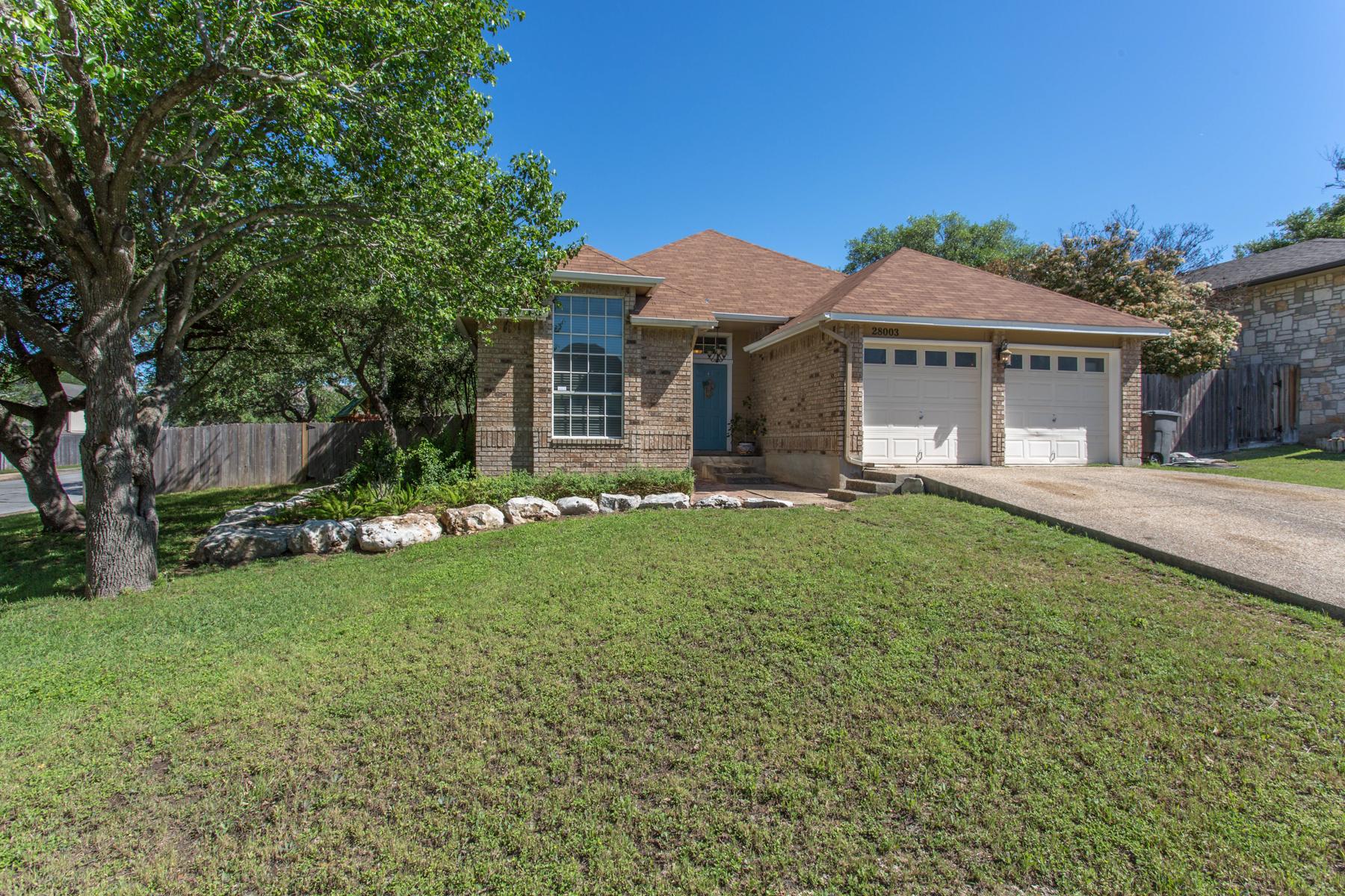 Vivienda unifamiliar por un Venta en Gorgeous Home in The Summit at Stone Oak 28003 Rocky Hollow San Antonio, Texas, 78258 Estados Unidos
