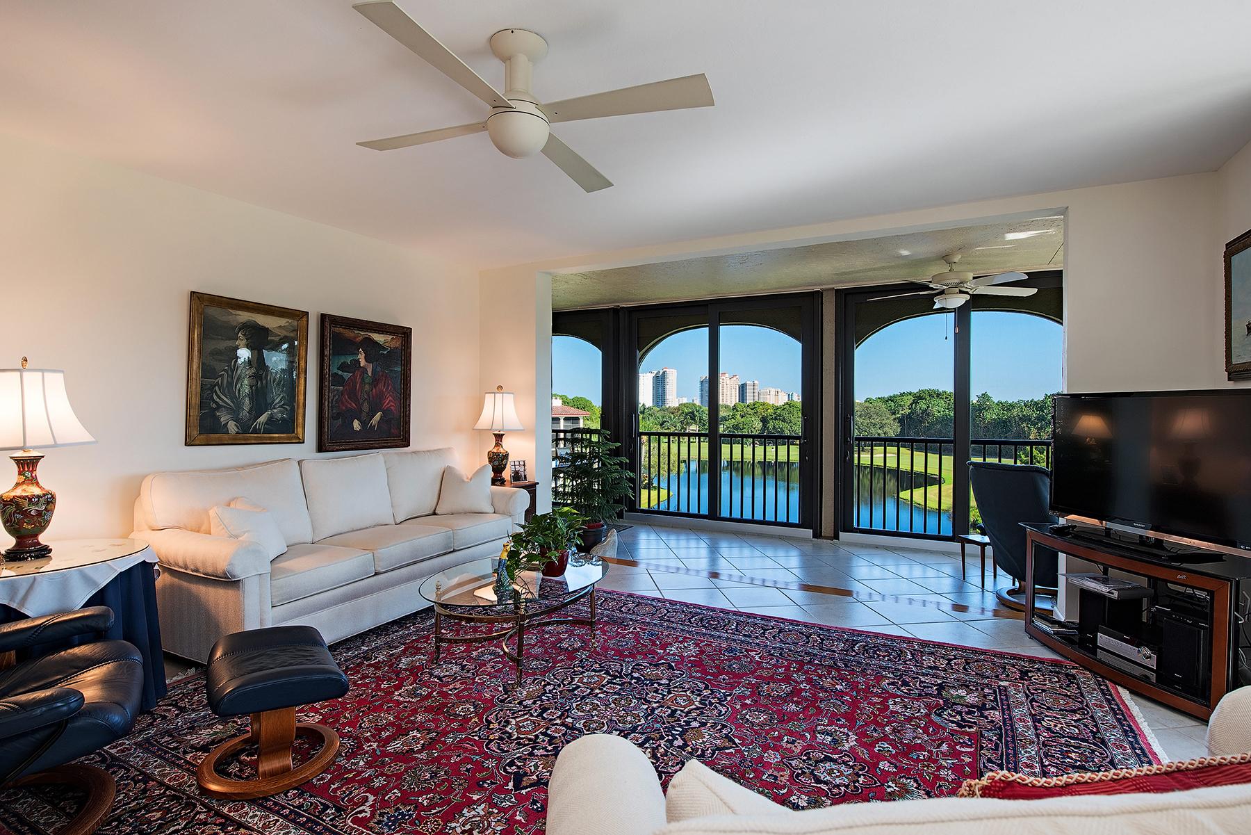 Nhà chung cư vì Bán tại PELICAN BAY - CHATEAUMERE CHATEAUMERE 6020 Pelican Bay Blvd E-404 Naples, Florida, 34108 Hoa Kỳ