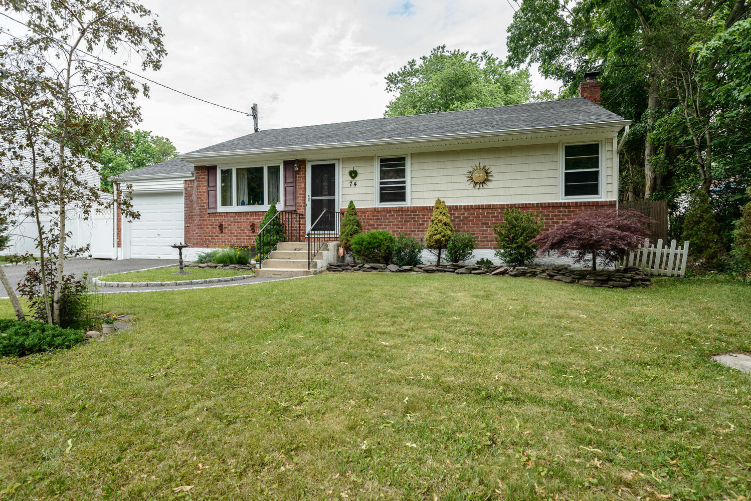 Single Family Home for Sale at Ranch 74 Dix Hills Rd Huntington, New York, 11743 United States