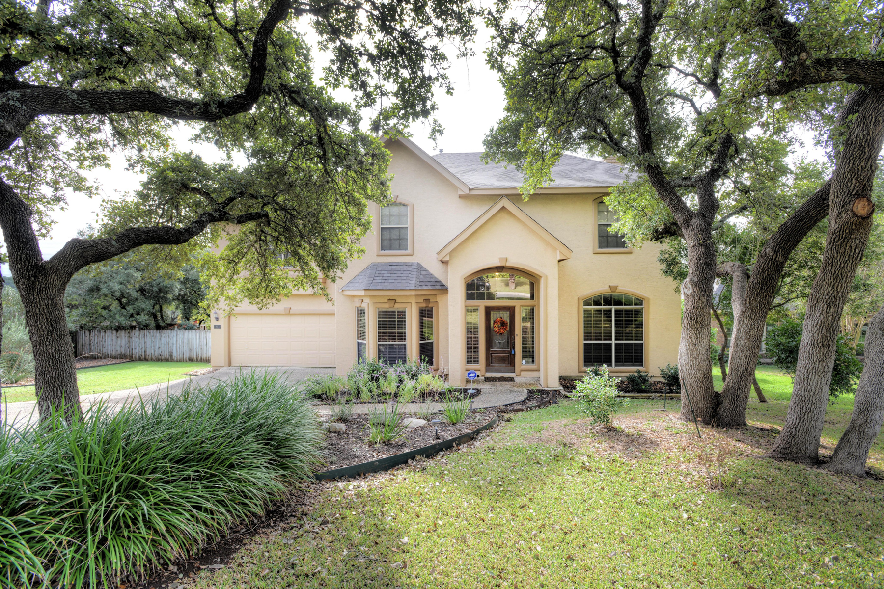 Property For Sale at Well-Kept Home in Crownridge